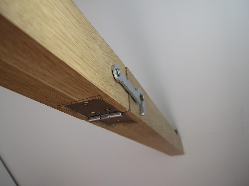petite table murale pliante les tribulations d 39 un. Black Bedroom Furniture Sets. Home Design Ideas